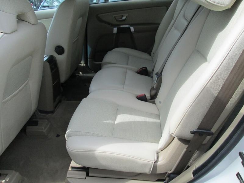 Volvo XC90 2008 price $7,880