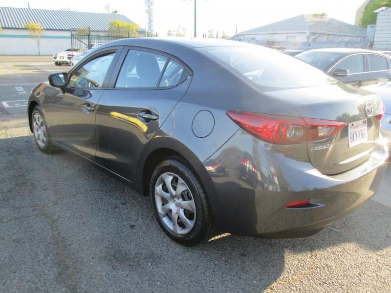 Mazda MAZDA3 2014 price $8,880