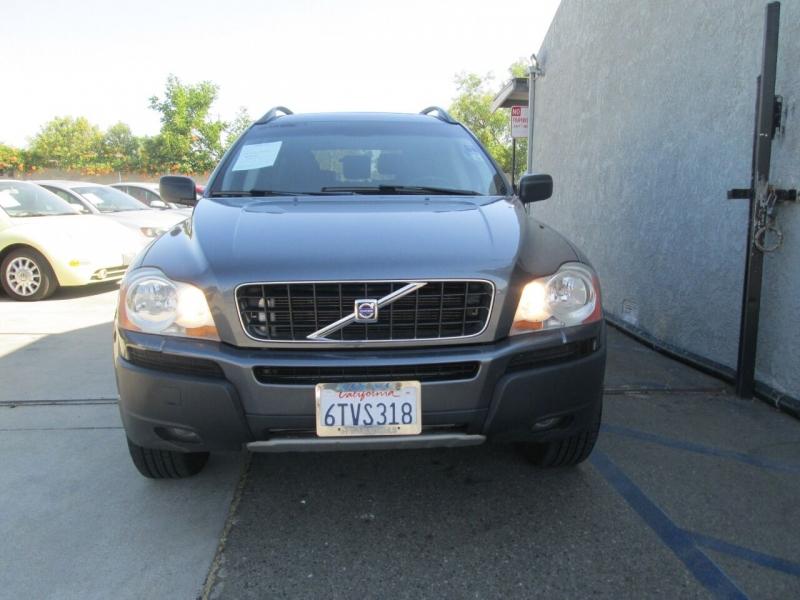 Volvo XC90 2005 price $8,880