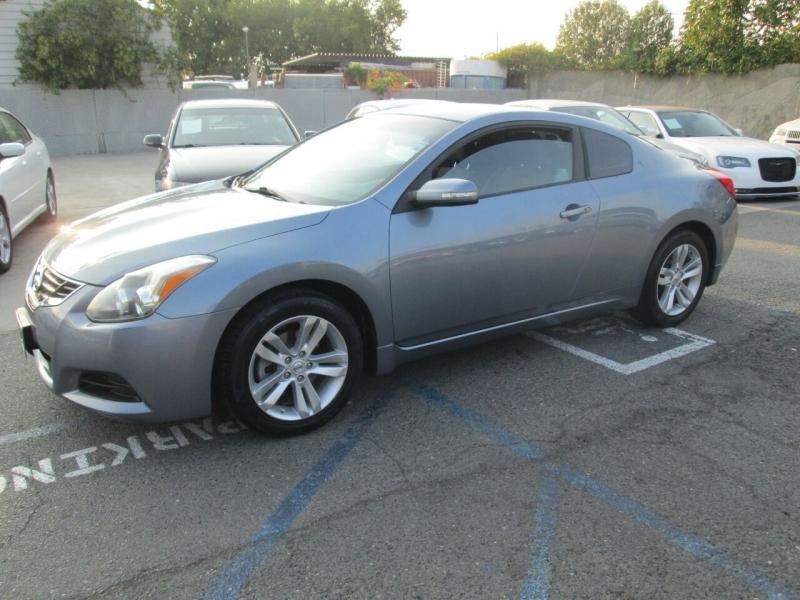 Nissan Altima 2012 price $8,880