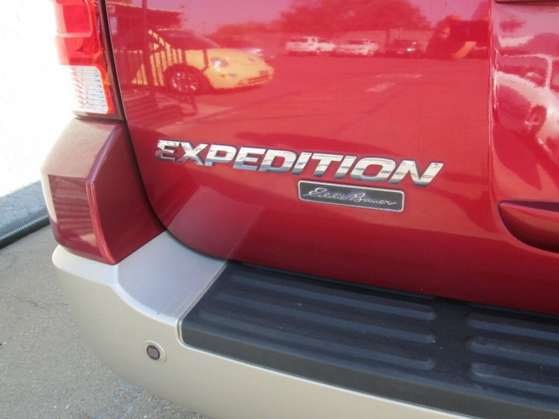 Ford Expedition 2005 price $7,980