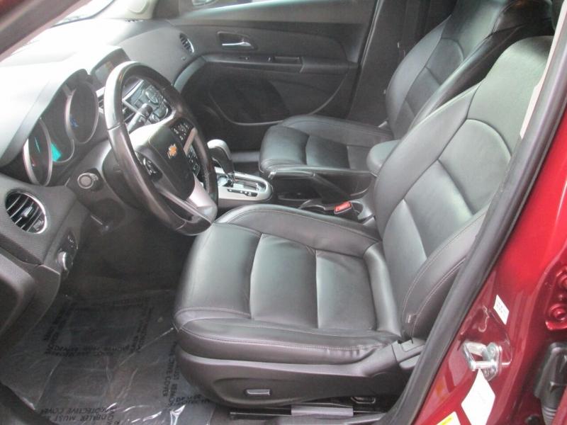 Chevrolet Cruze 2015 price $9,880
