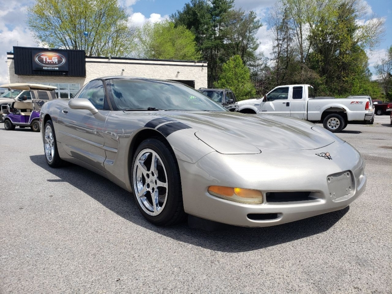 Chevrolet Corvette 2002 price $10,995