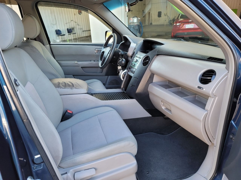 Honda Pilot 2009 price $9,800