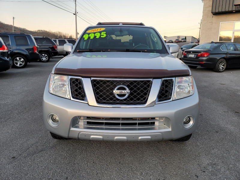 Nissan Pathfinder 2011 price $9,995