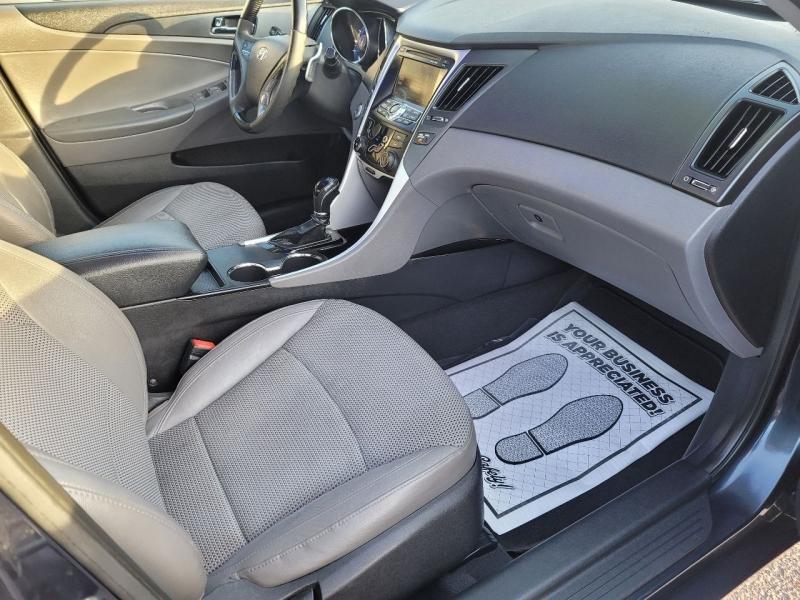 Hyundai Sonata 2011 price Call for Pricing.