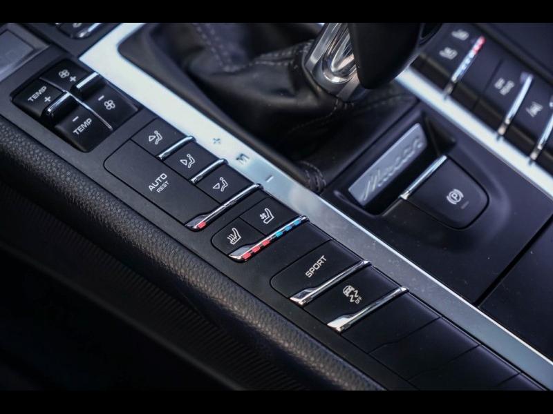 Porsche Macan 2017 price $34,990