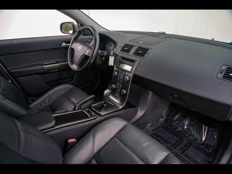 Volvo S40 2009 price $5,980