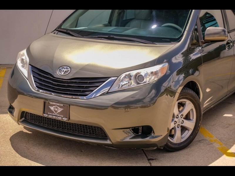 Toyota Sienna 2011 price $11,740