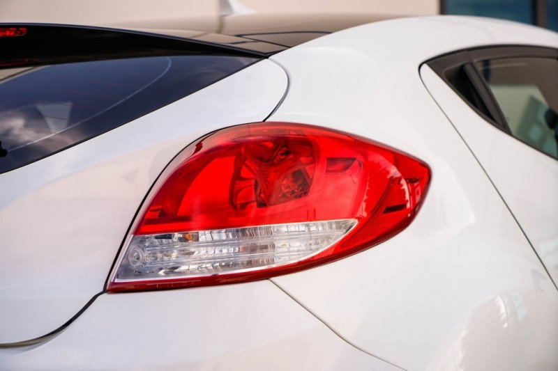 Hyundai Veloster 2016 price $9,990