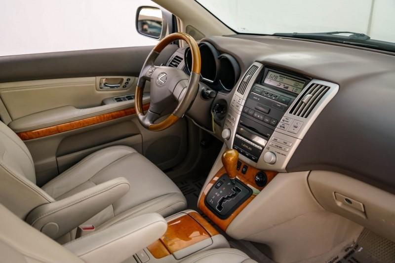 Lexus RX 2007 price $8,990