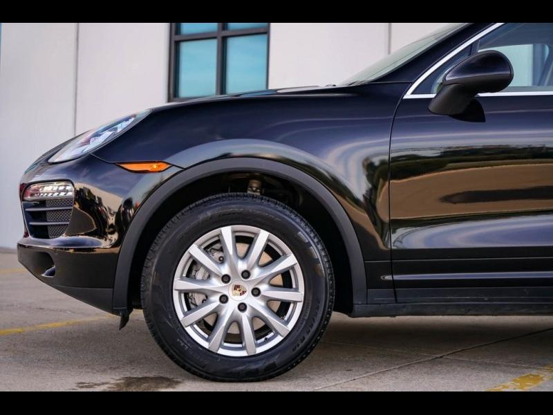 Porsche Cayenne 2012 price