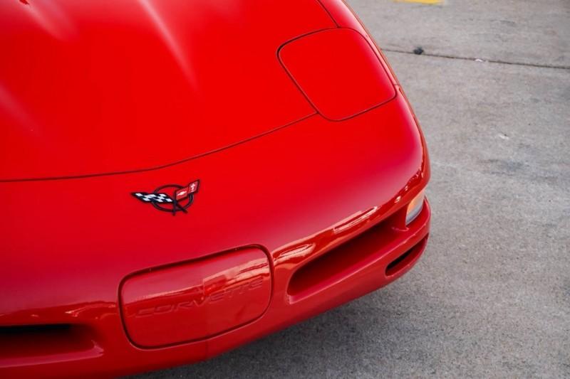 Chevrolet Corvette 2004 price $23,540