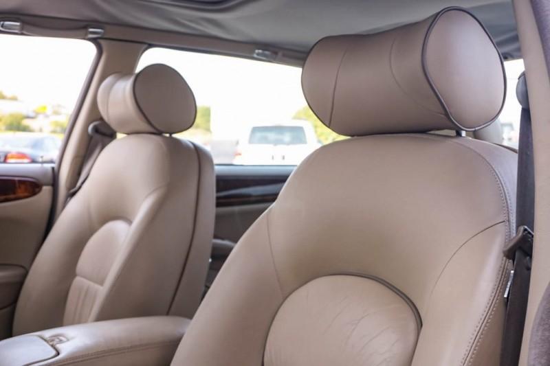 Jaguar XJ8 2000 price $8,980
