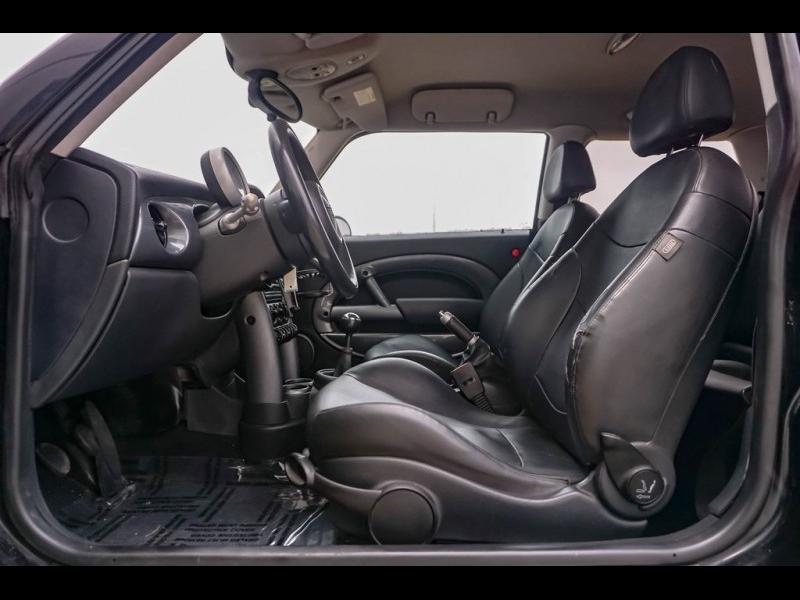 MINI Cooper 2005 price $4,490