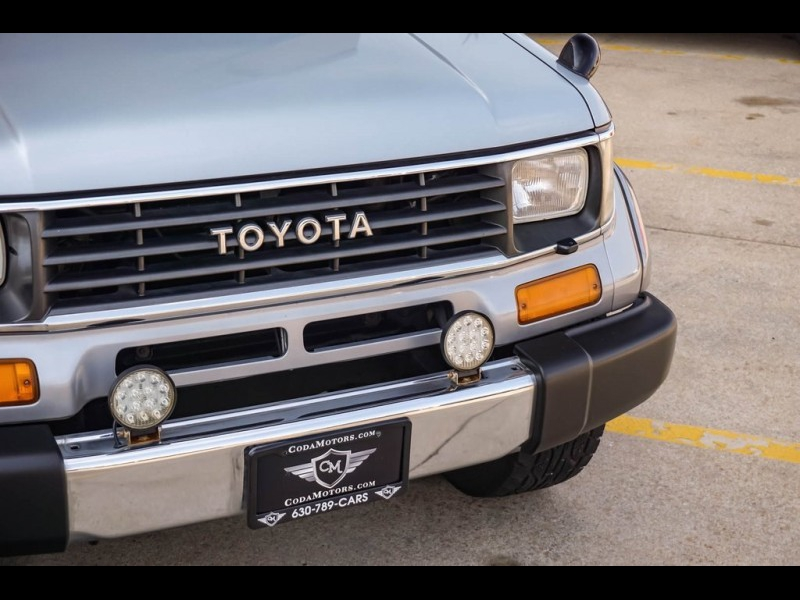 Toyota Land Cruiser 1993 price Call for Pricing.
