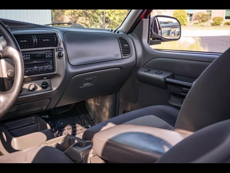 Ford Explorer Sport Trac 2005 price $11,980