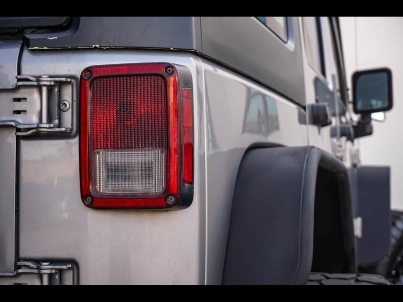 Jeep Wrangler 2015 price $28,980