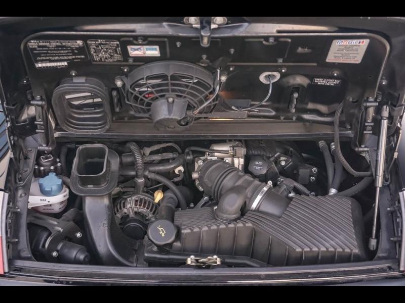 Porsche 911 2004 price $26,980