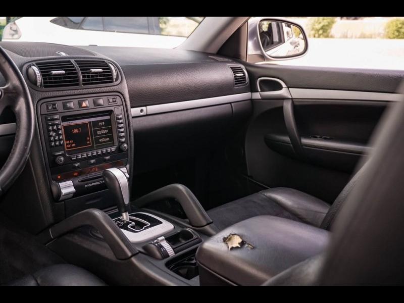 Porsche Cayenne 2004 price $9,980