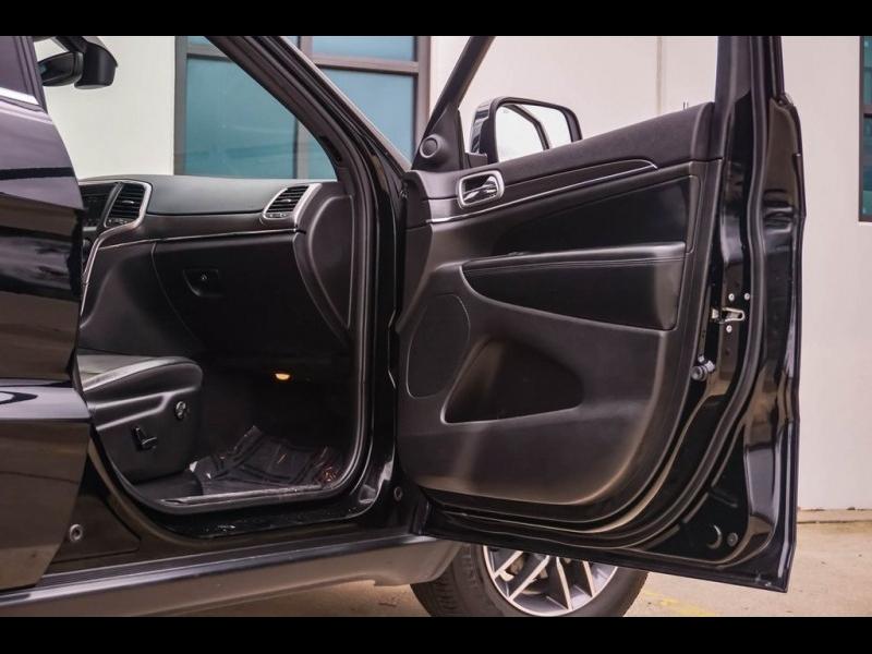 Jeep Grand Cherokee 2018 price $25,880