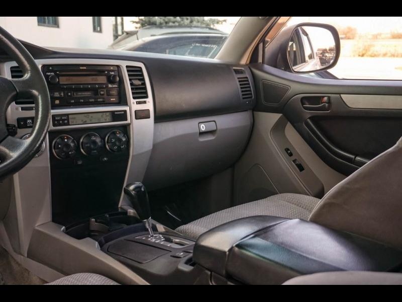 Toyota 4Runner 2004 price $5,890