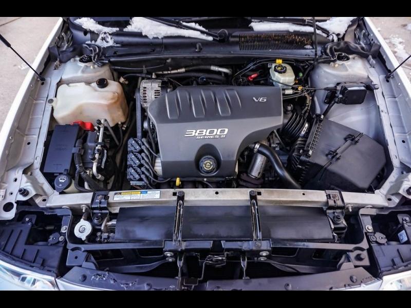 Buick LeSabre 2001 price $4,980
