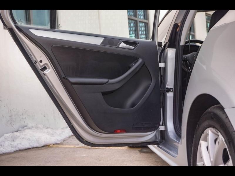 Volkswagen Jetta 2014 price $6,990