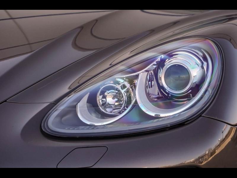 Porsche Cayenne 2011 price $19,990