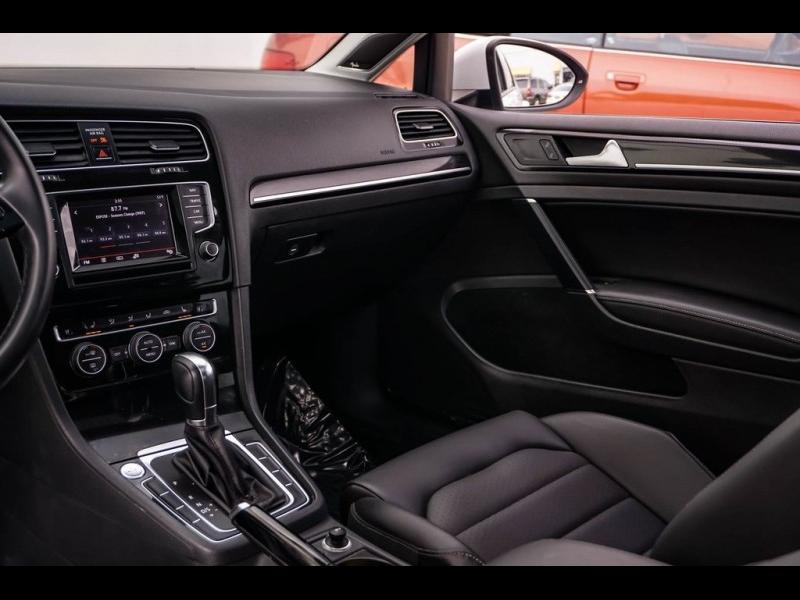 Volkswagen Golf 2015 price