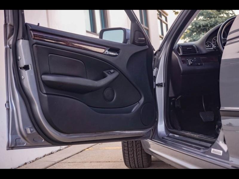 BMW 3 Series 2004 price $7,990