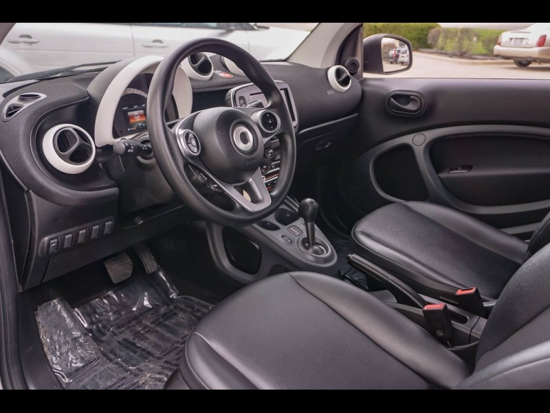 smart Fortwo 2016 price $11,990