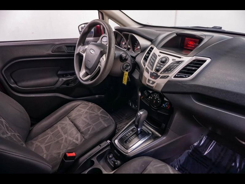 Ford Fiesta 2011 price $5,890