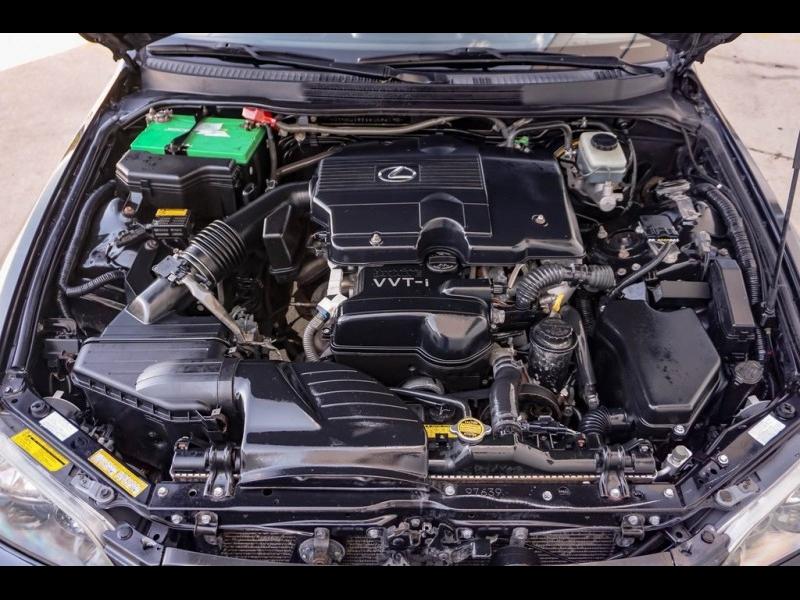 Lexus IS 2005 price $6,980