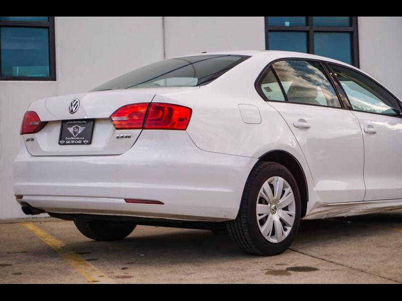 Volkswagen Jetta 2011 price $8,980