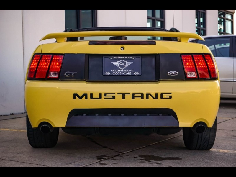 Ford Mustang 2002 price $8,990