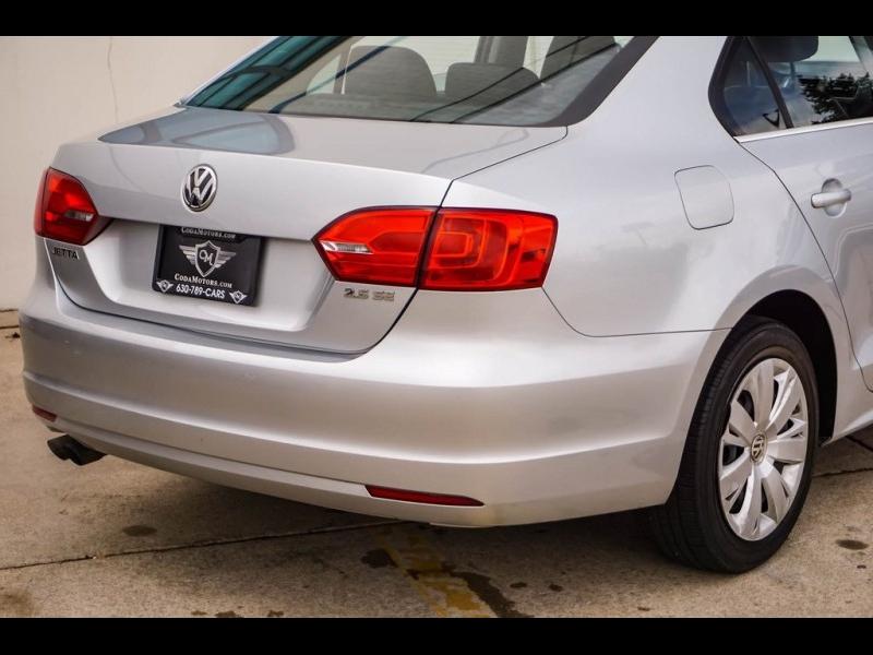Volkswagen Jetta 2013 price $7,990