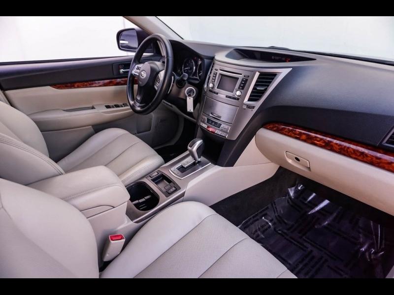Subaru Outback 2012 price $7,990