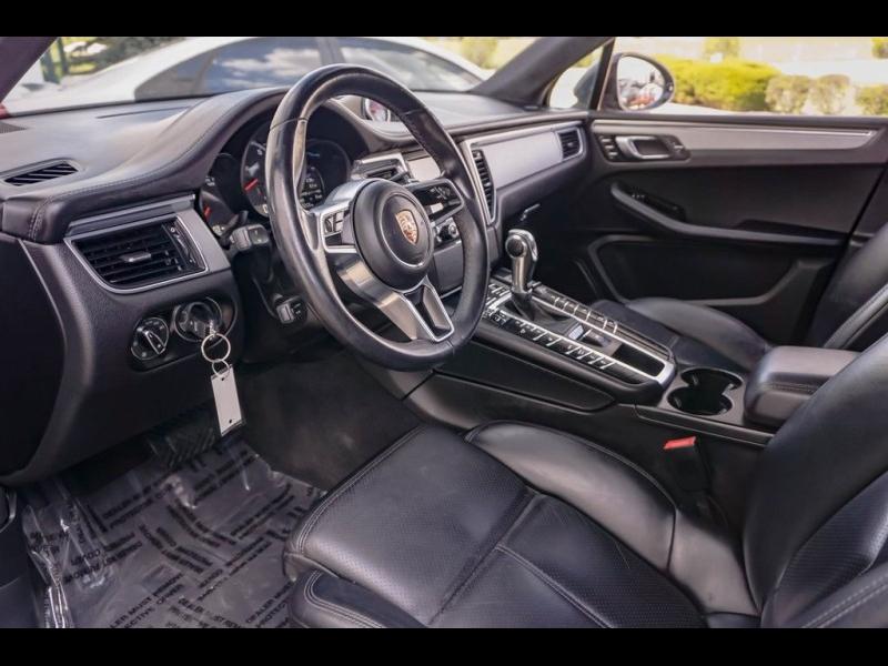 Porsche Macan 2015 price $35,990