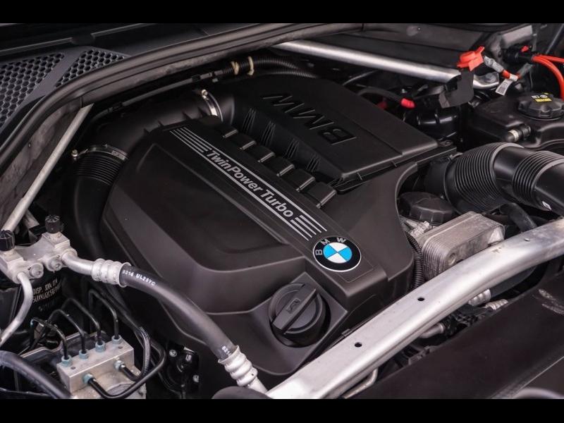 BMW X6 2015 price $32,900