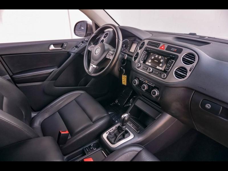 Volkswagen Tiguan 2011 price $8,980