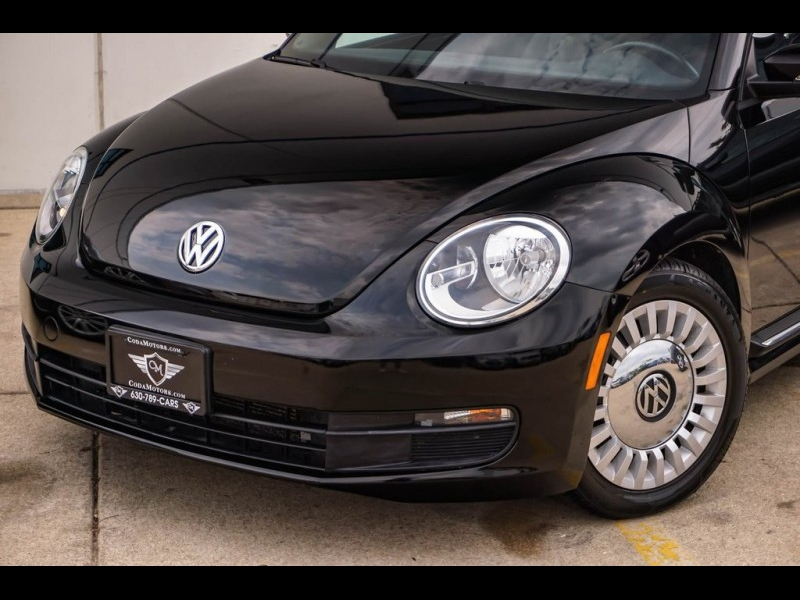 Volkswagen Beetle 2013 price $8,890