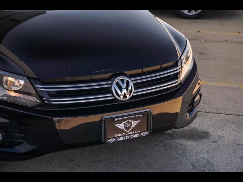 Volkswagen Tiguan 2012 price $10,890