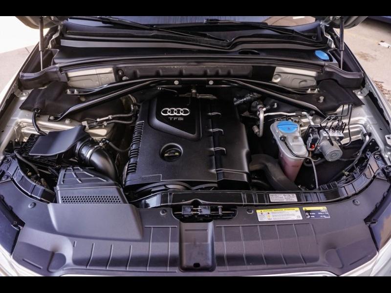 Audi Q5 2015 price $16,480