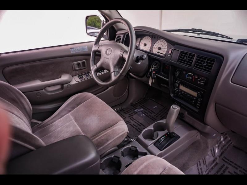 Toyota Tacoma 2004 price $11,880