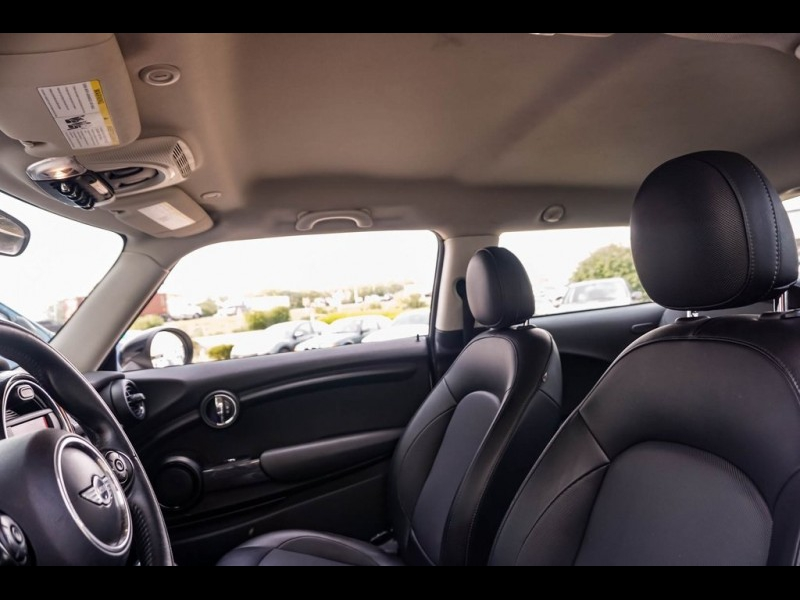 MINI Cooper 2015 price $15,990