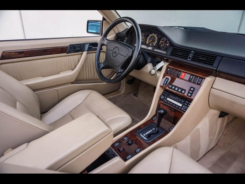 Mercedes-Benz E-Class 1994 price $28,990