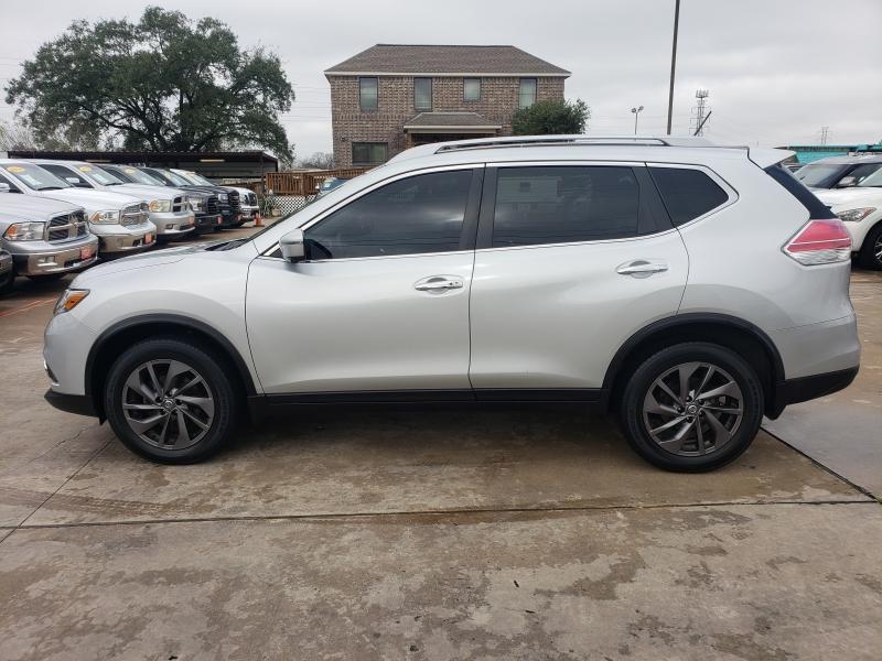 Nissan Rogue 2016 price $2,800