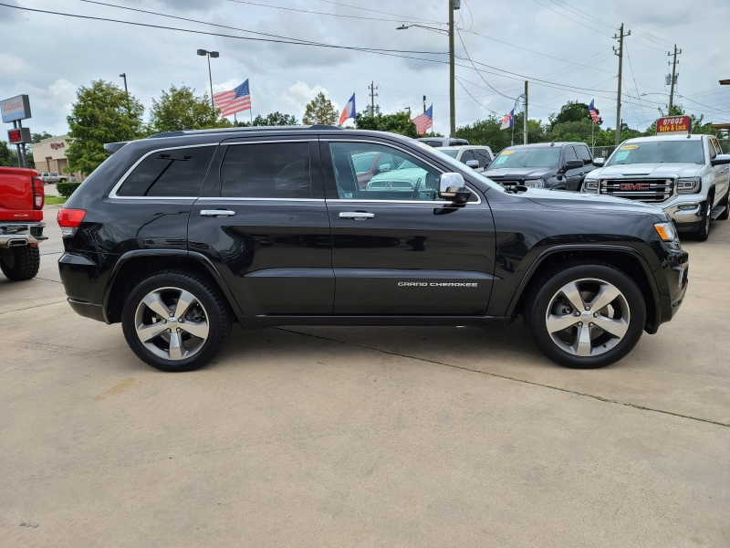 Jeep Grand Cherokee 2015 price $2,800