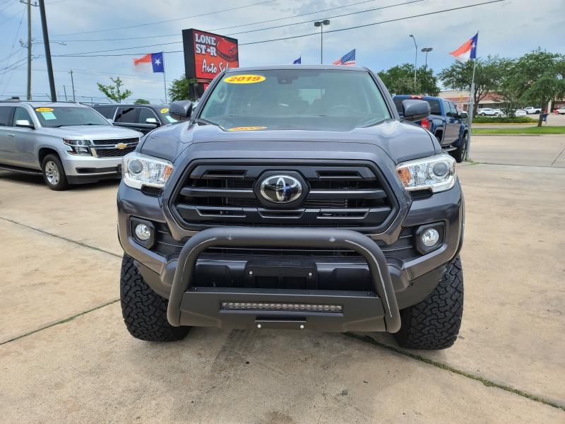 Toyota Tacoma 4WD 2019 price $5,200